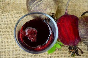 manfaat jus buah bit untuk menawarkan racun