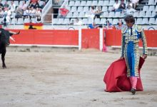 Arti Idiom Red Flag To a Bull